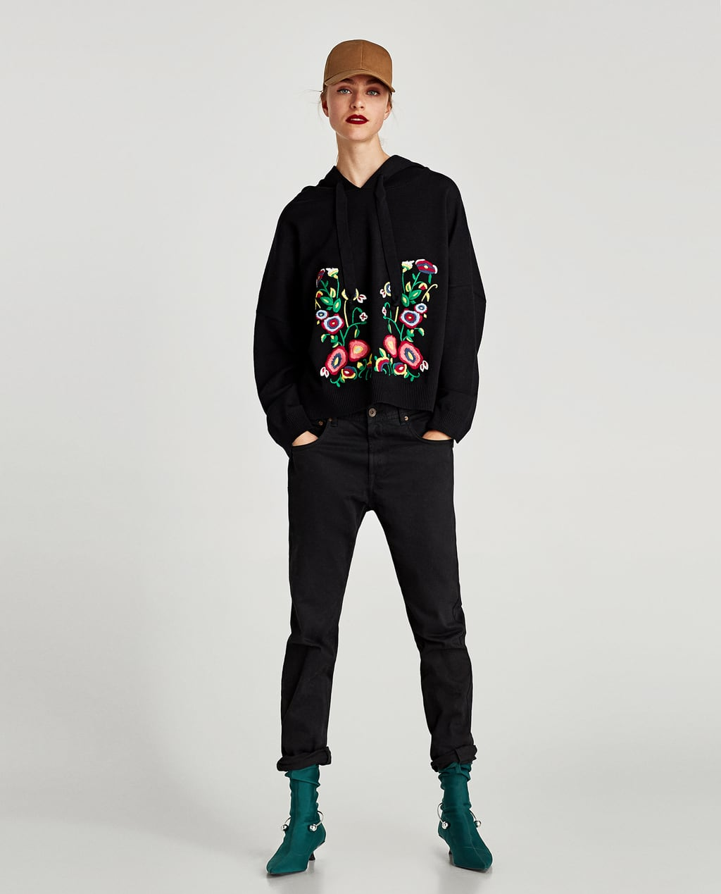 Image 3 of EMBROIDERED SWEATSHIRT WITH HOOD from Zara