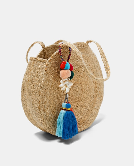 Image 2 of JUTE BAG WITH TASSELS from Zara