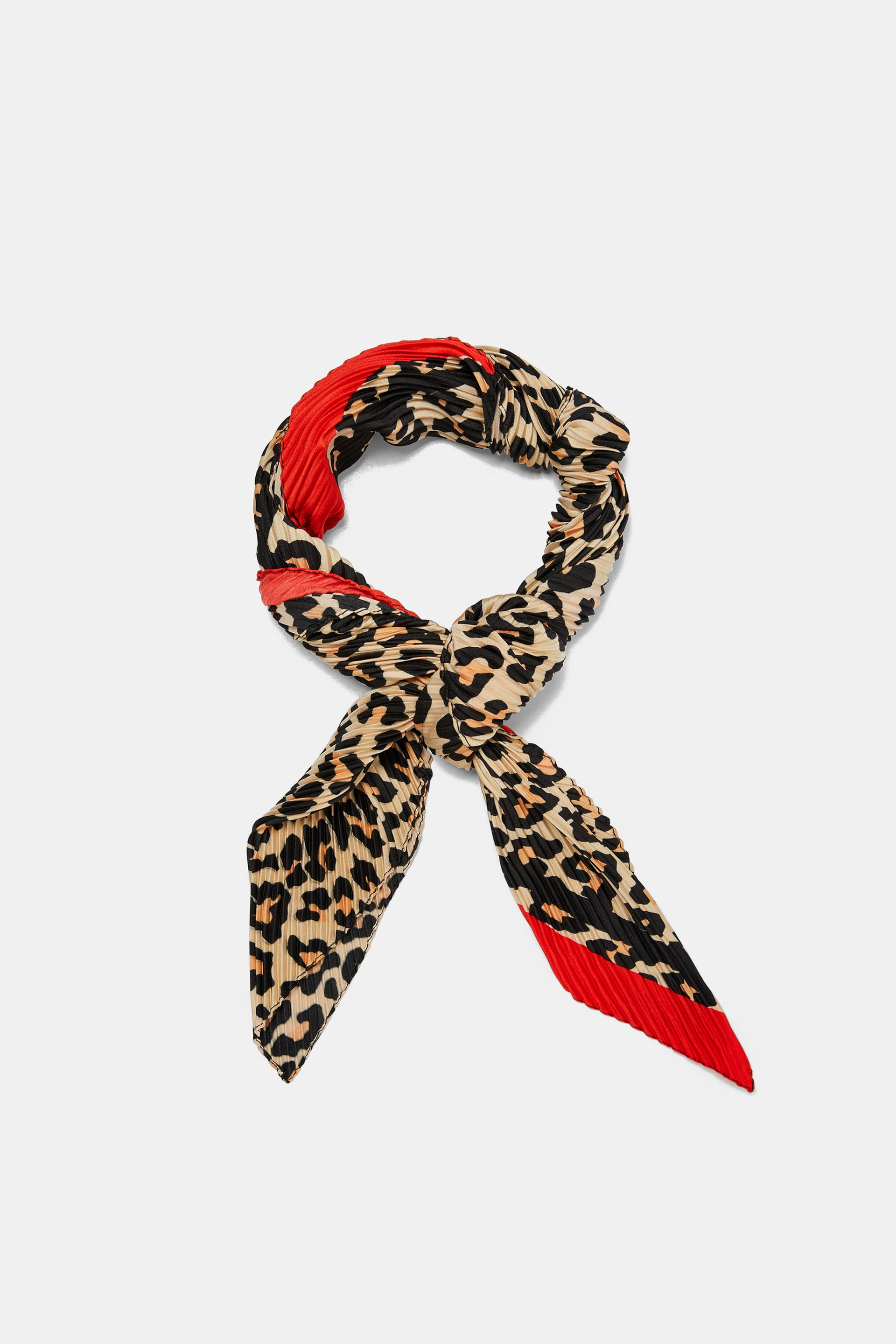 Image 2 of PLEATED LEOPARD PRINT SCARF from Zara