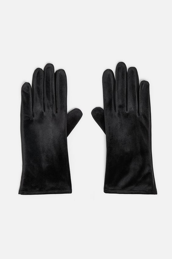 Matching Velvet Gloves  View All Accessories Woman by Zara