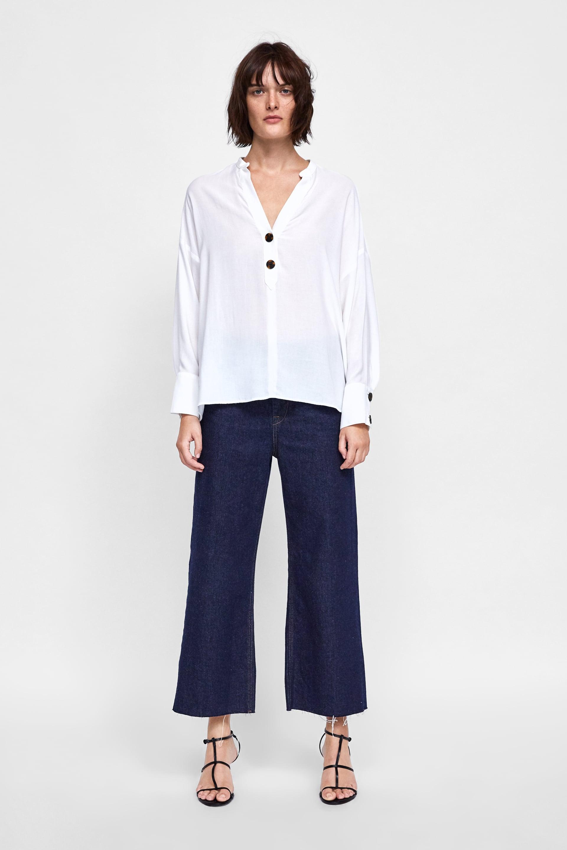 Blusa AssimÉtrica Com BotÕes  Blusas Camisas E Blusas Mulher by Zara