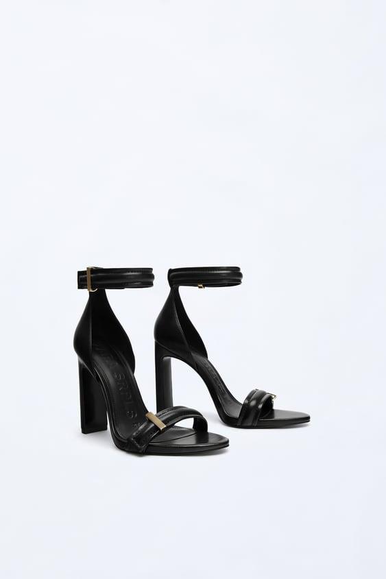 Strp Sndls 02  Shoeswoman by Zara