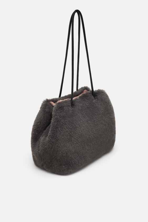 bf478e0fe1 ZARA. REVERSIBLE FAUX FUR BUCKET BAG ...