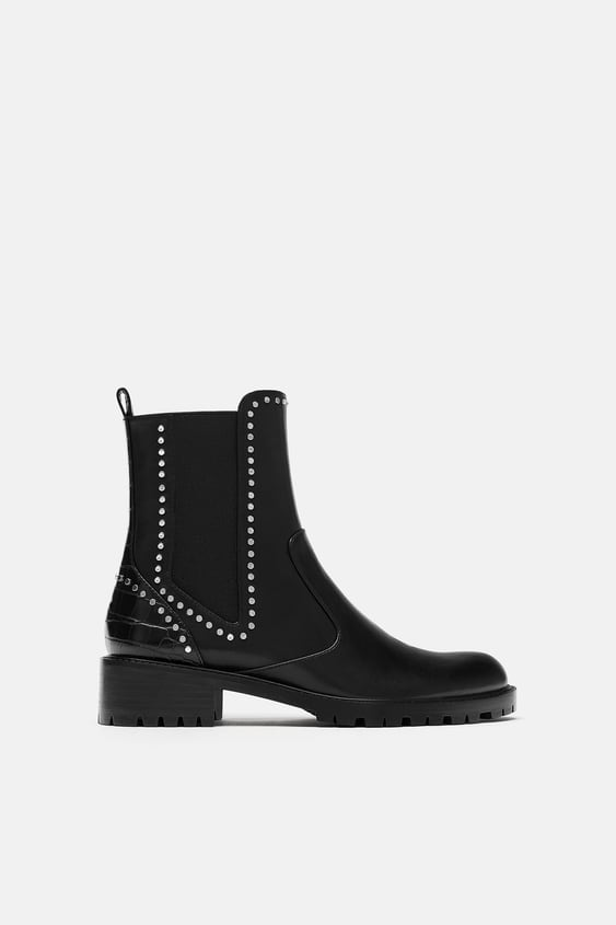 Bottines Plates Cloutees Chaussures Femme New Collection Zara France
