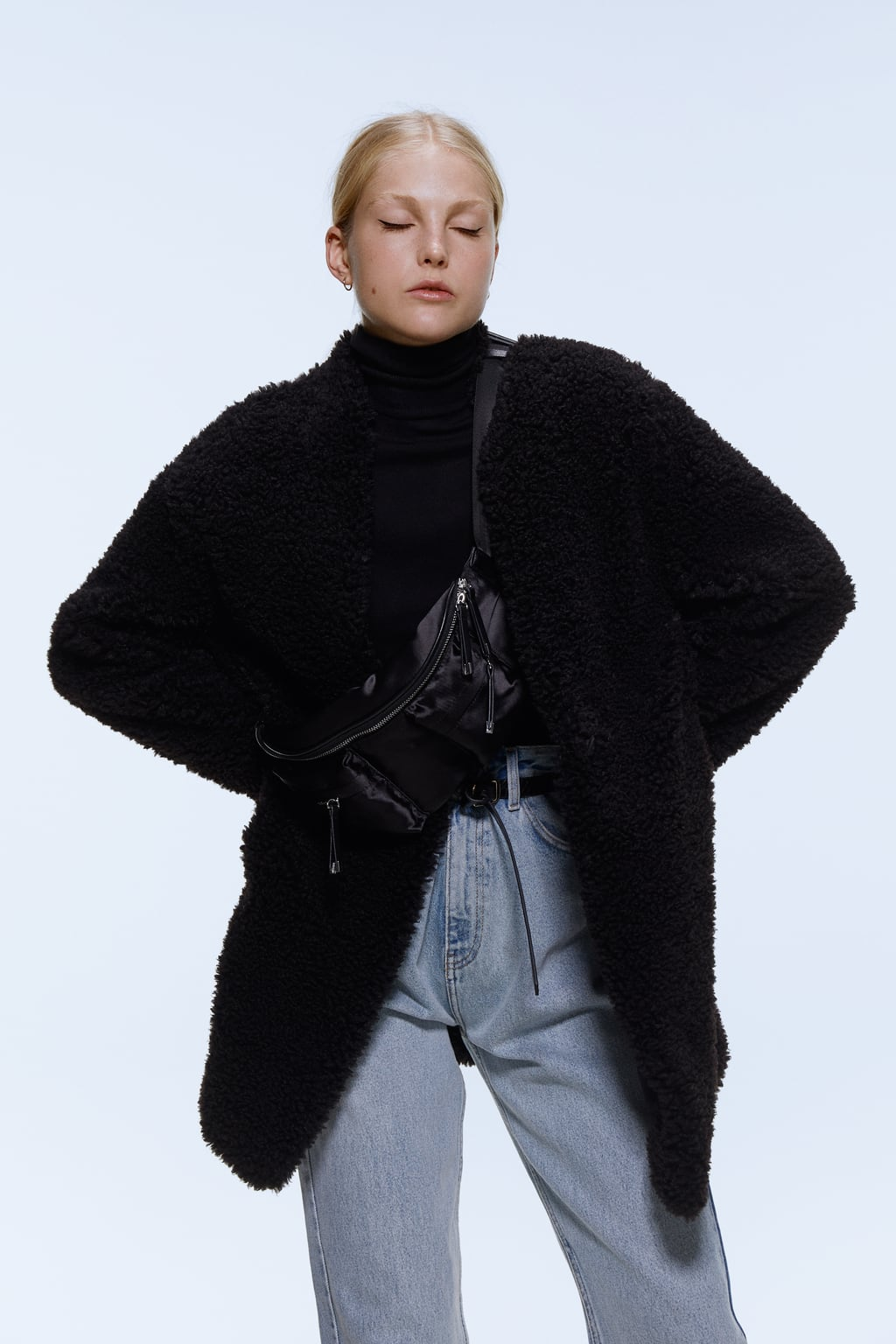 Image 4 of FAUX SHEARLING COAT from Zara