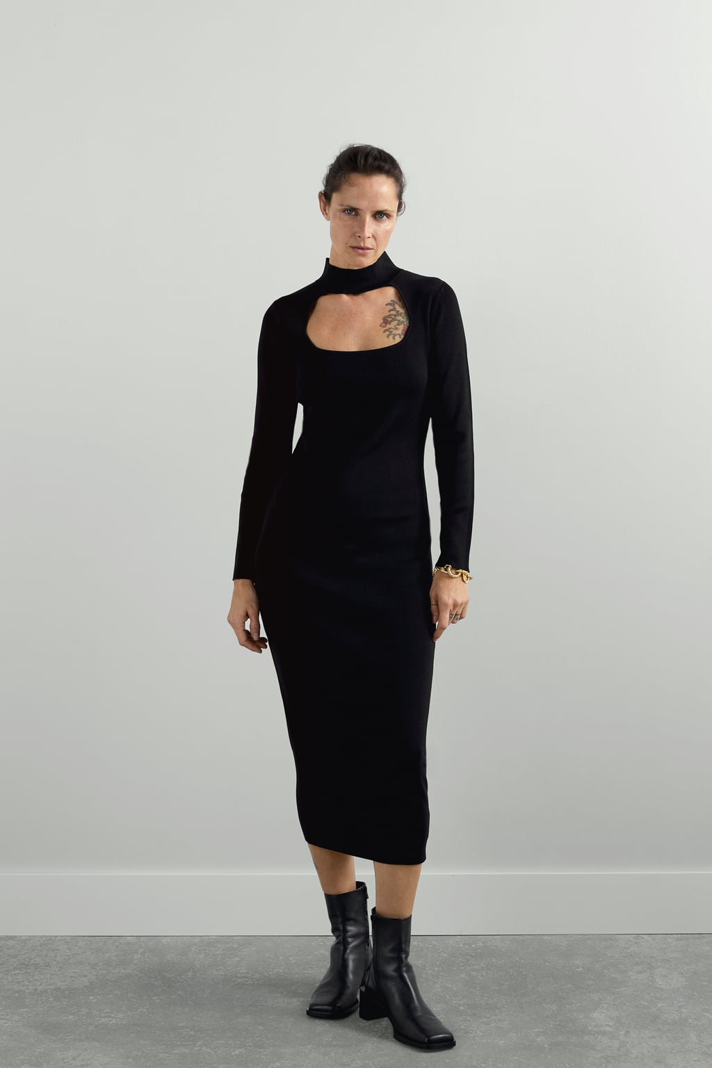 Image 1 of CUT-OUT KNIT DRESS from Zara