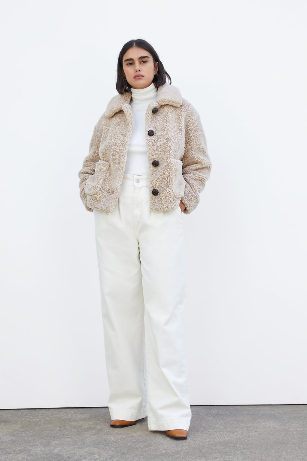 Image 1 of CROPPED FAUX SHEARLING COAT from Zara