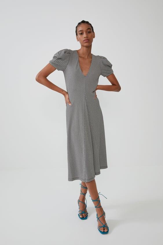 b77a0ca251 LOOSE-FITTING TEXTURED DRESS