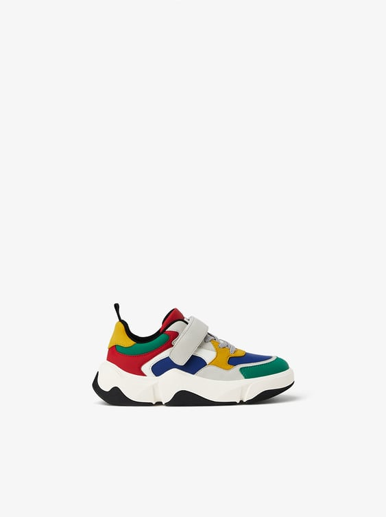 COLOURED SNEAKERS