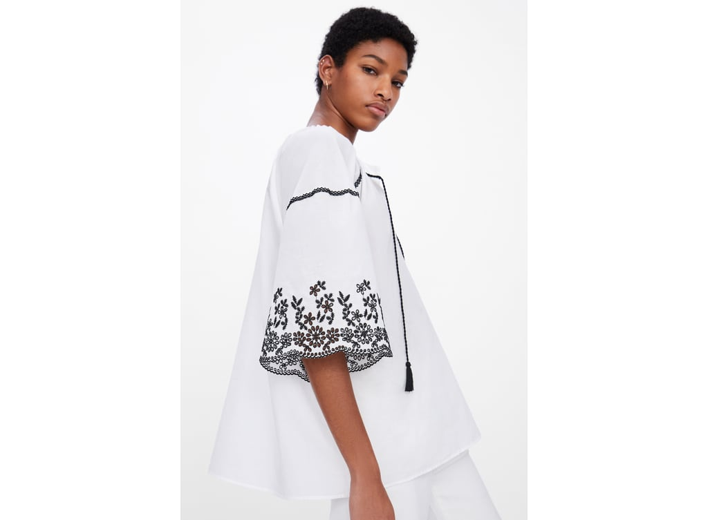 26c244a401 TOP WITH CONTRAST EMBROIDERY