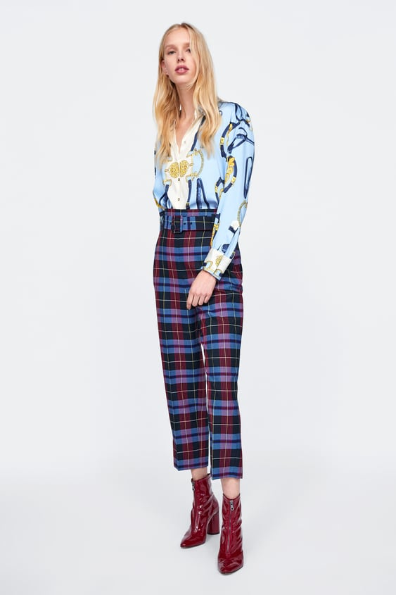 fad31b5c7e048d Image 1 of CHAIN PRINT BLOUSE from Zara