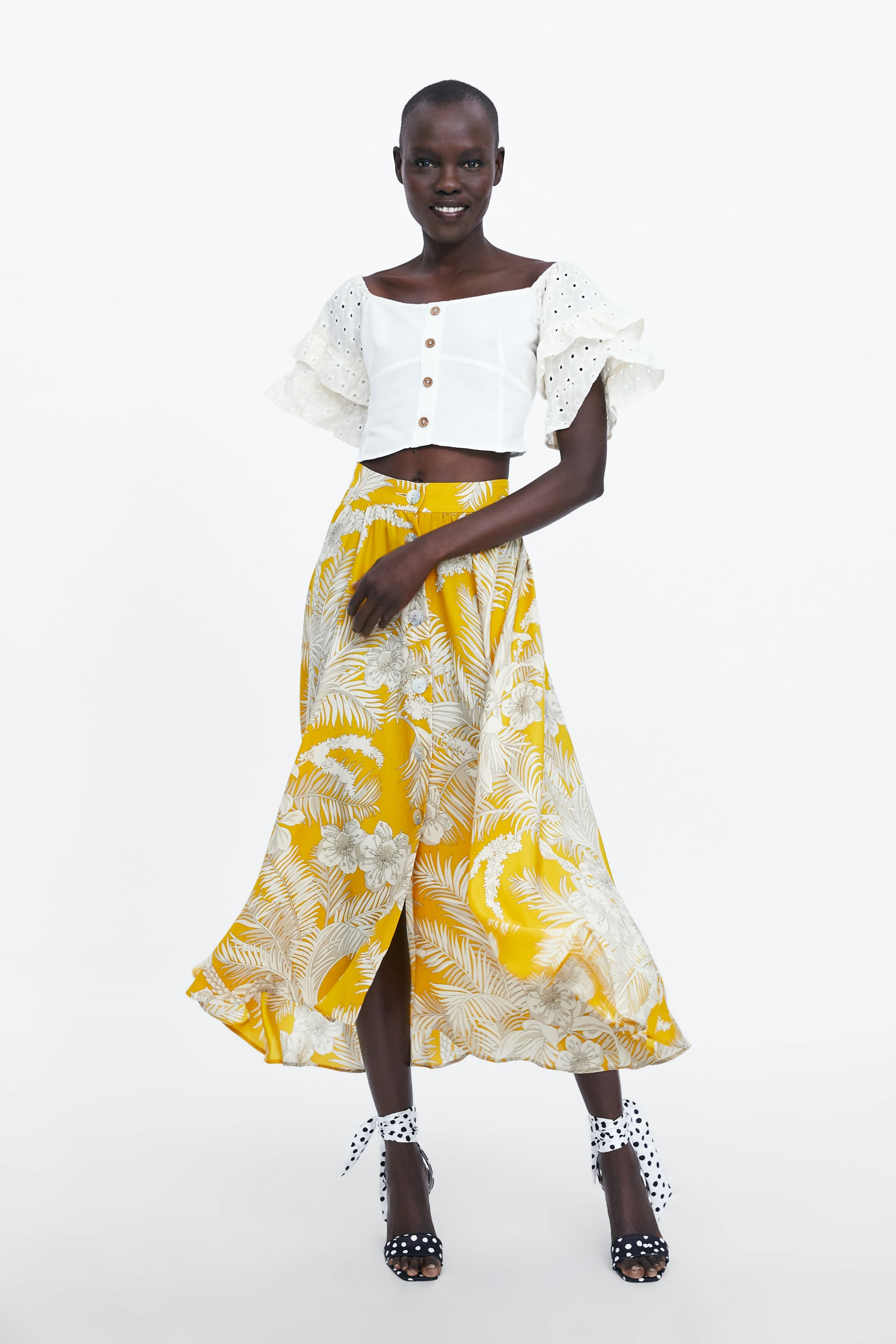 Image 1 of FLORAL PRINTED SKIRT by Zara