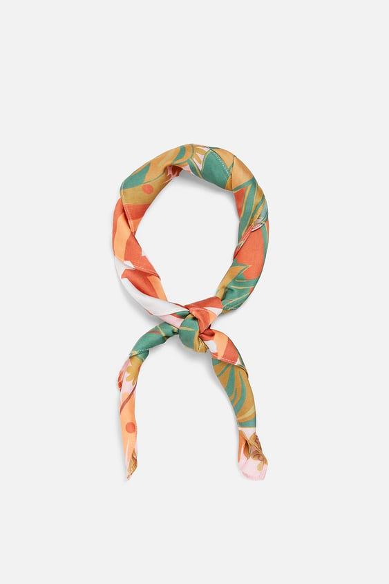 "The ""Scarves"" category contains the following 24 products"