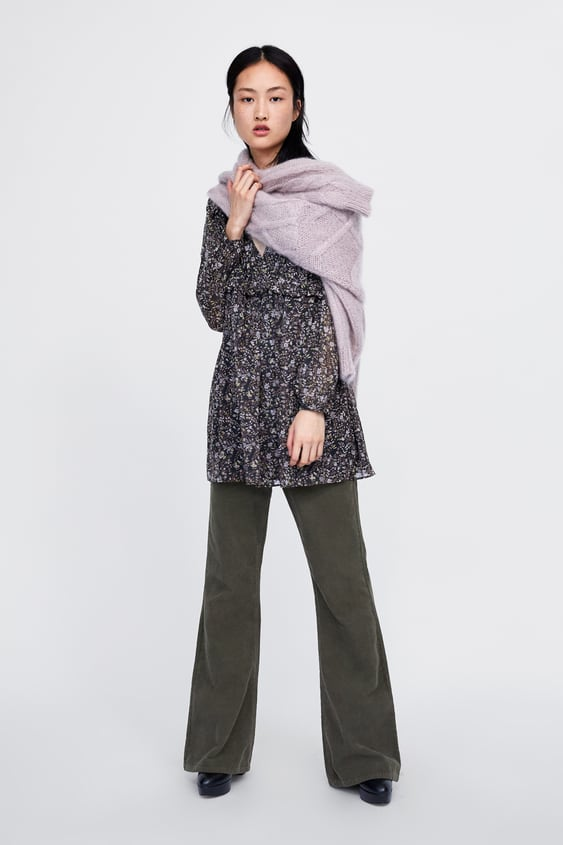 Kleid Mit Blumenmuster  Sweatshirtsdamen New Collection by Zara