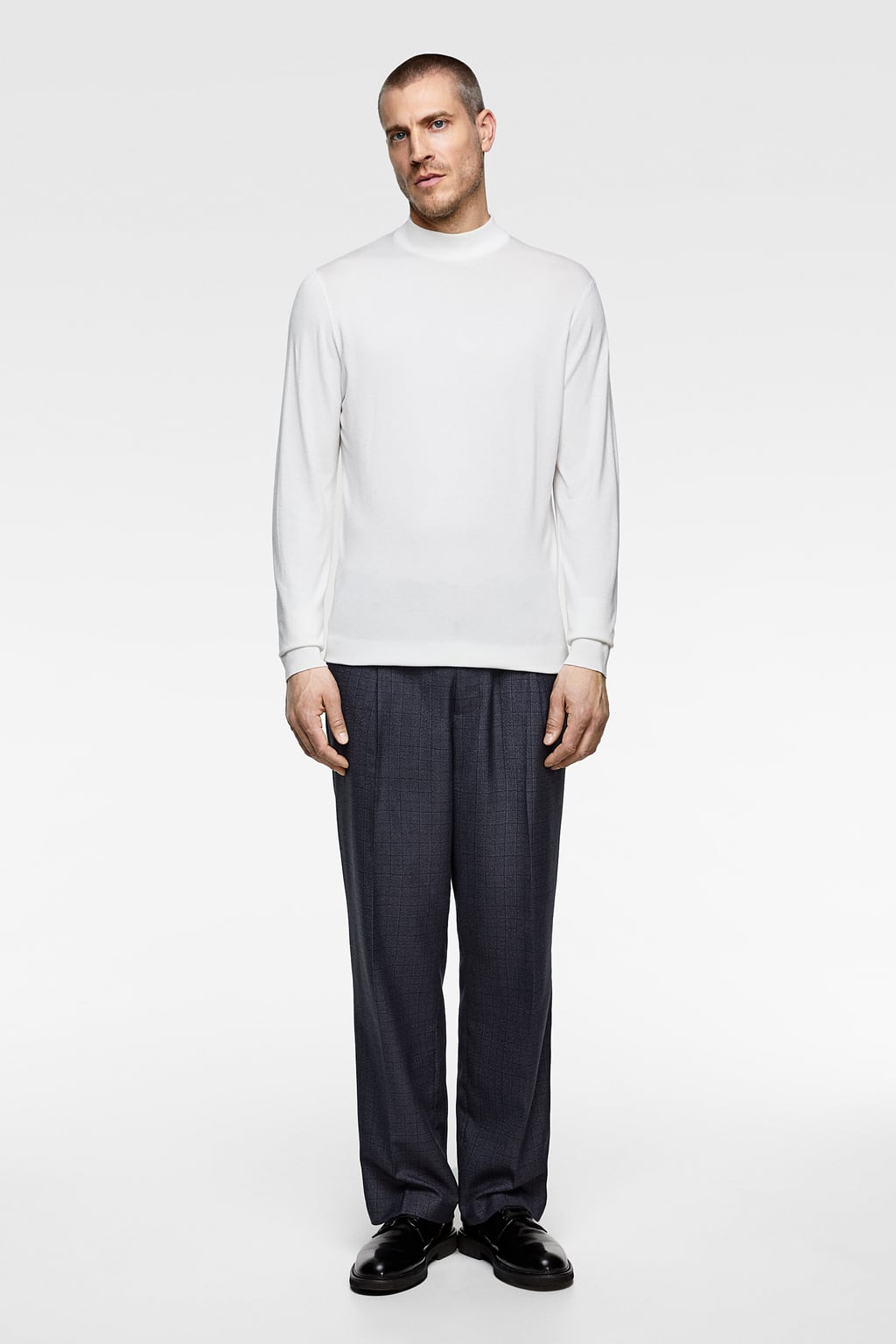 2e179814 HIGH NECK SWEATER - Available in more colours