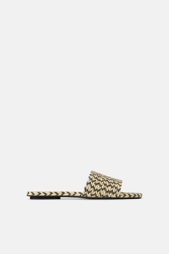 NATURAL COLORED WOVEN FLAT SANDALS