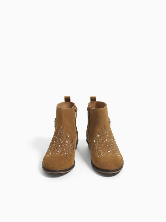 034cef87cd1 SPLIT SUEDE ANKLE BOOTS WITH STUDS
