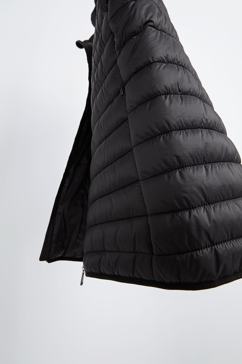 Image 9 of LIGHTWEIGHT PUFFER GILET from Zara