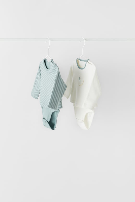 2-PACK OF BODYSUITS
