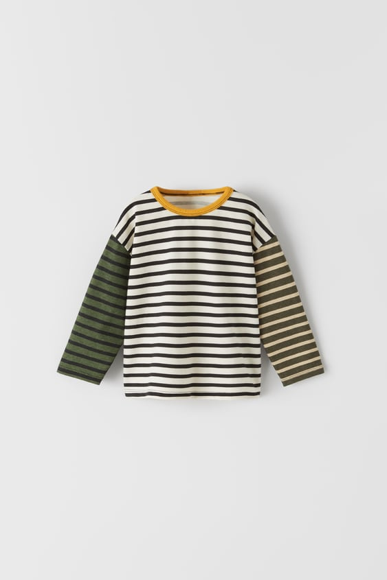 T-SHIRT WITH CONTRASTING HEM