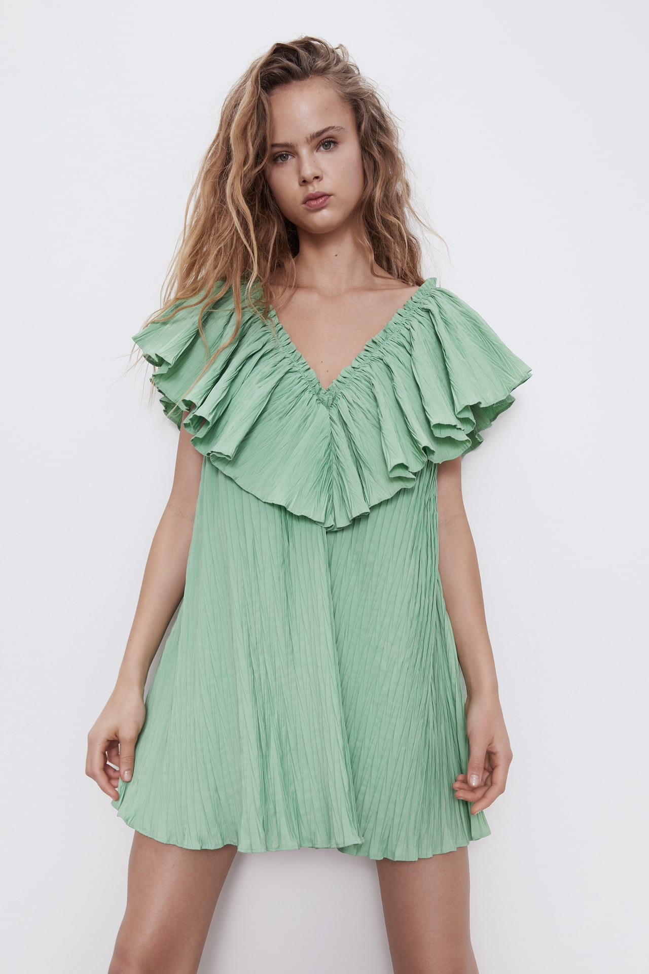 Image 2 of VOLUMINOUS PLEATED DRESS from Zara
