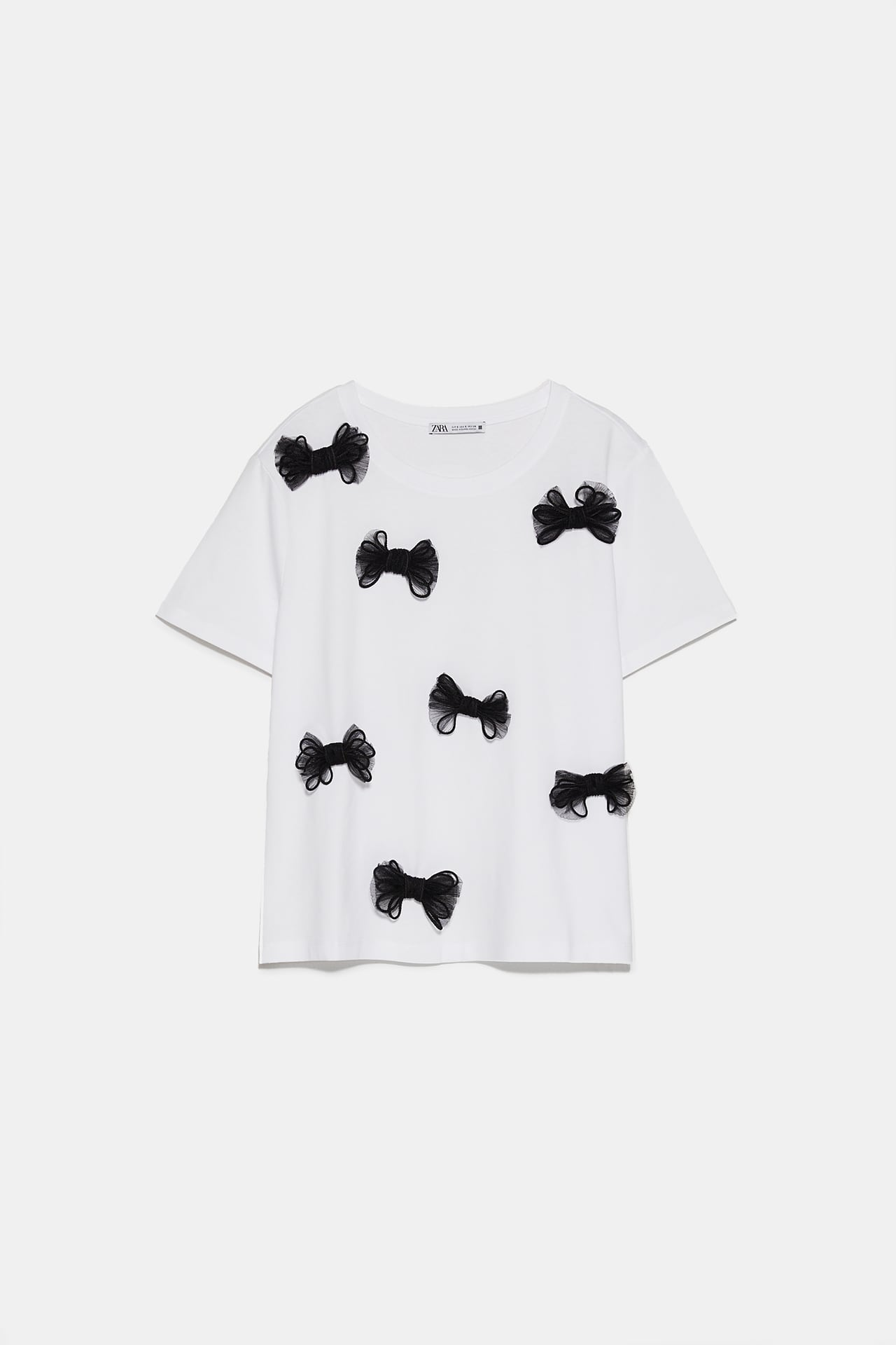 Image 1 of BOW T-SHIRT from Zara