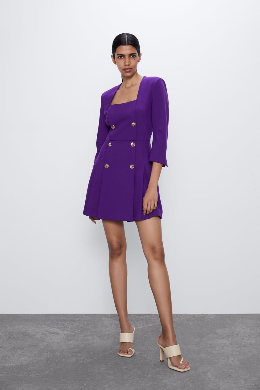 Vestido blazer color morado de Zara