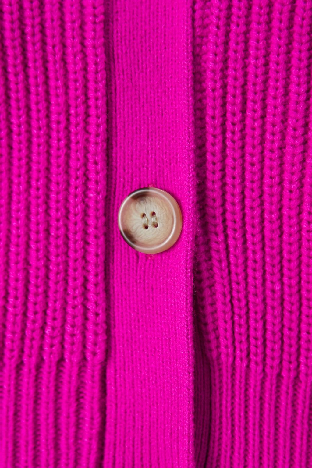 Image 7 of KNIT CARDIGAN WITH BUTTONS from Zara