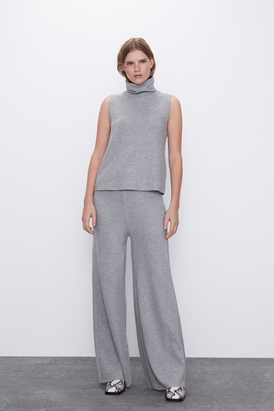 SOFT-TOUCH HIGH NECK TOP