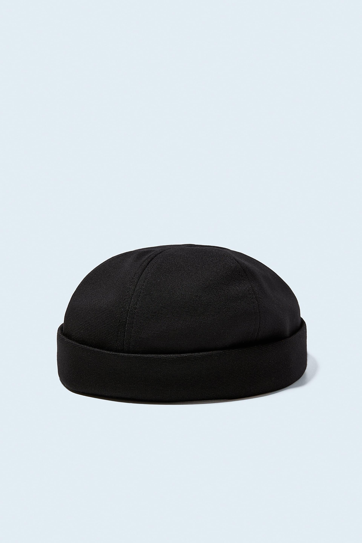bonnet court homme zara