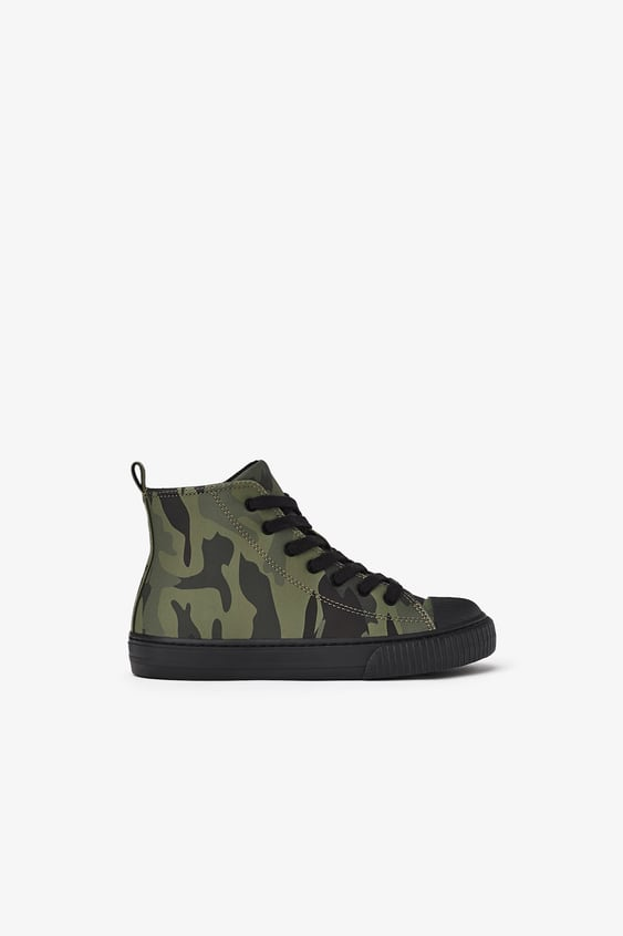 CAMOUFLAGE HIGH-TOP SNEAKERS