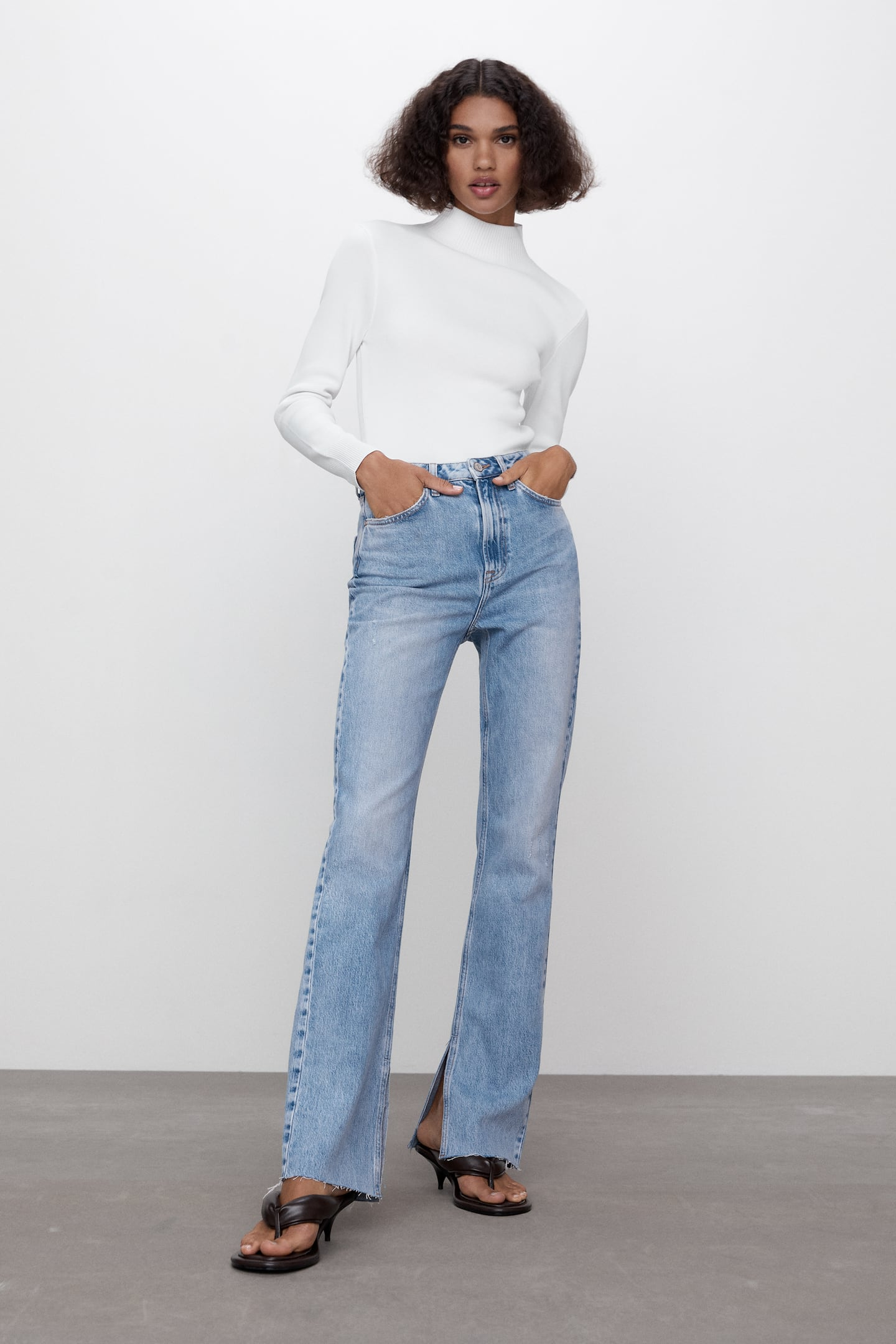 Image 0 of Z1975 HIGH RISE SLIM FLARE JEANS from Zara