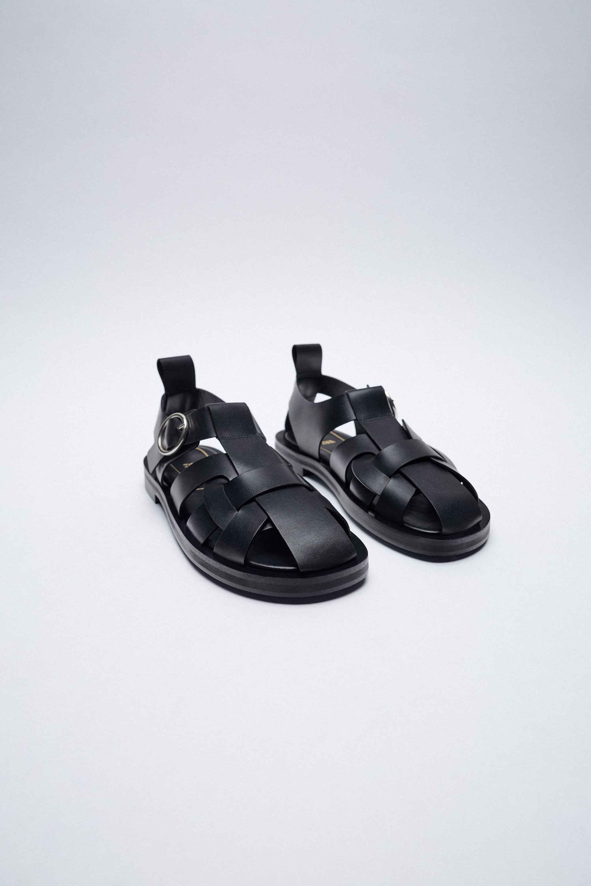 FLAT LEATHER CAGE SANDALS zara