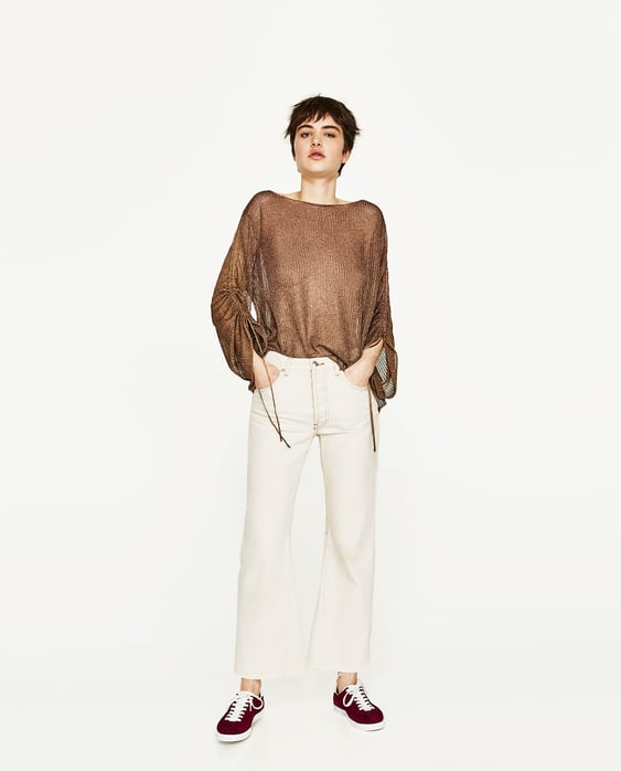 SWEATER WITH GATHERED SLEEVE