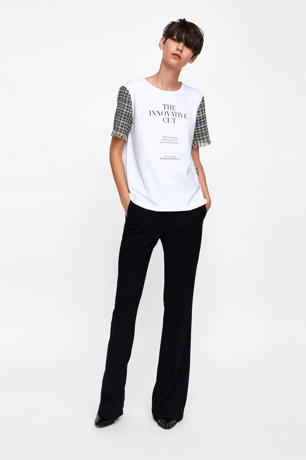 contrasting-tweed-t--shirtgraphic-&-prints-t-shirts-woman by zara