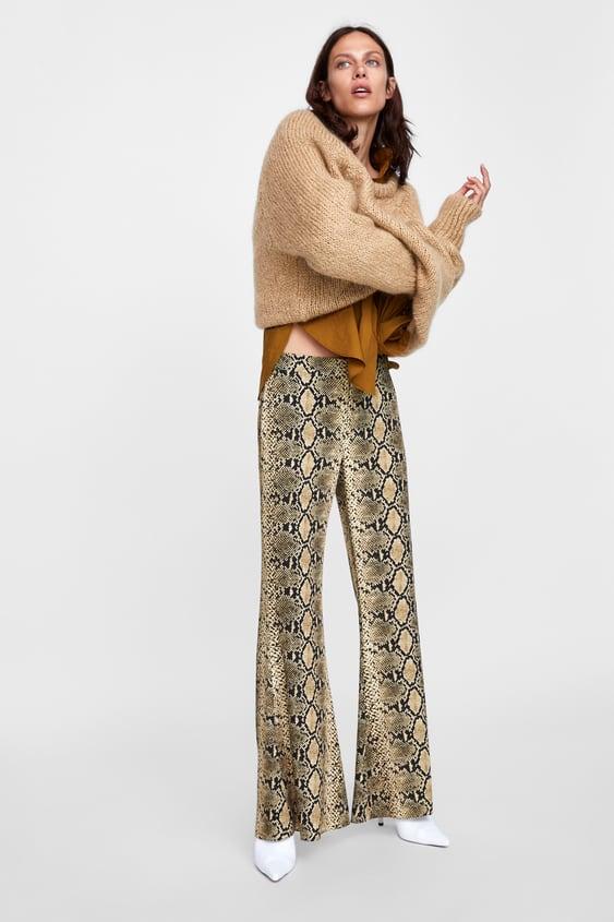 Pantalon Flare À ImprimÉ Serpent  Larges Pantalons Femme by Zara
