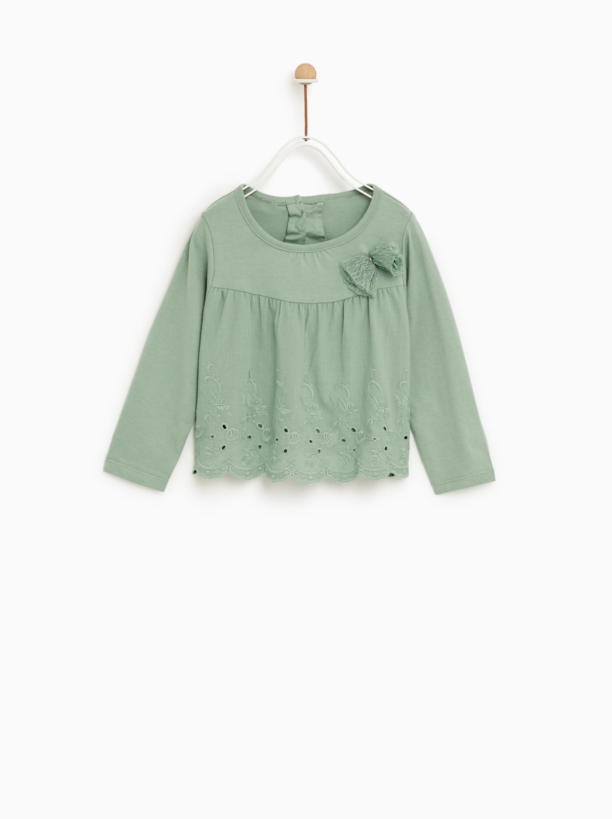 8ea8ce7074 Zara T-SHIRT WITH BOW