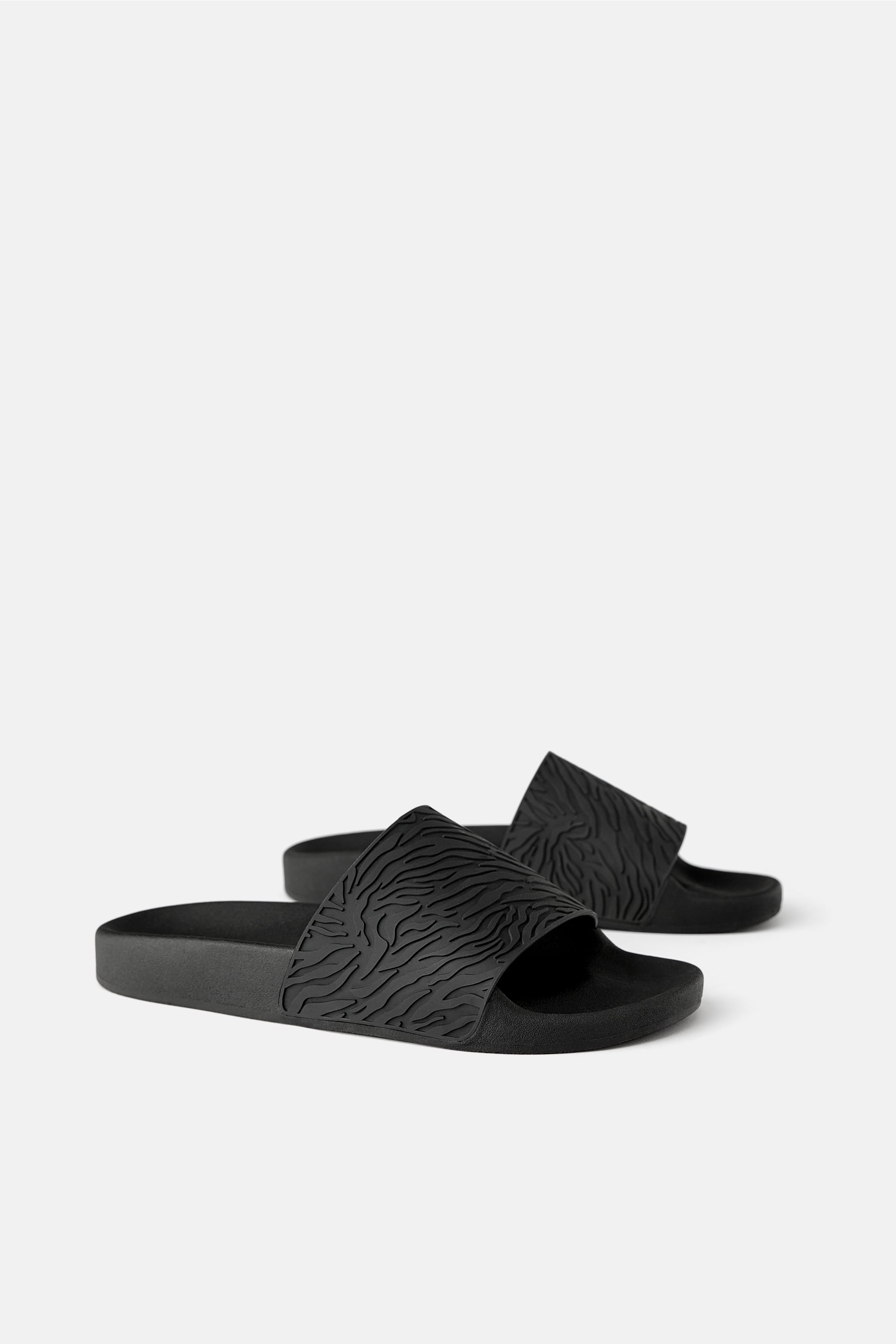 Zara SLIDE SANDALS WITH RAISED RUBBER