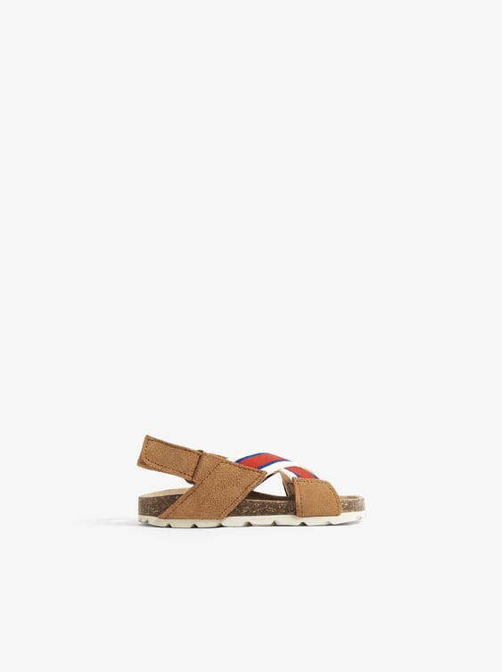 LEATHER SANDALS WITH CONTRASTING STRAPS