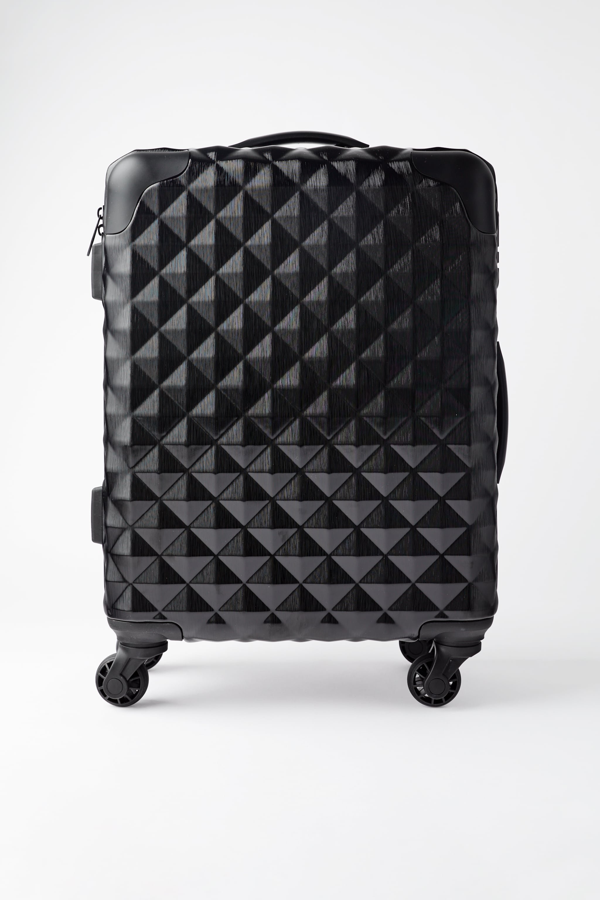 RIGID TEXTURED CARRY-ON SUITCASE
