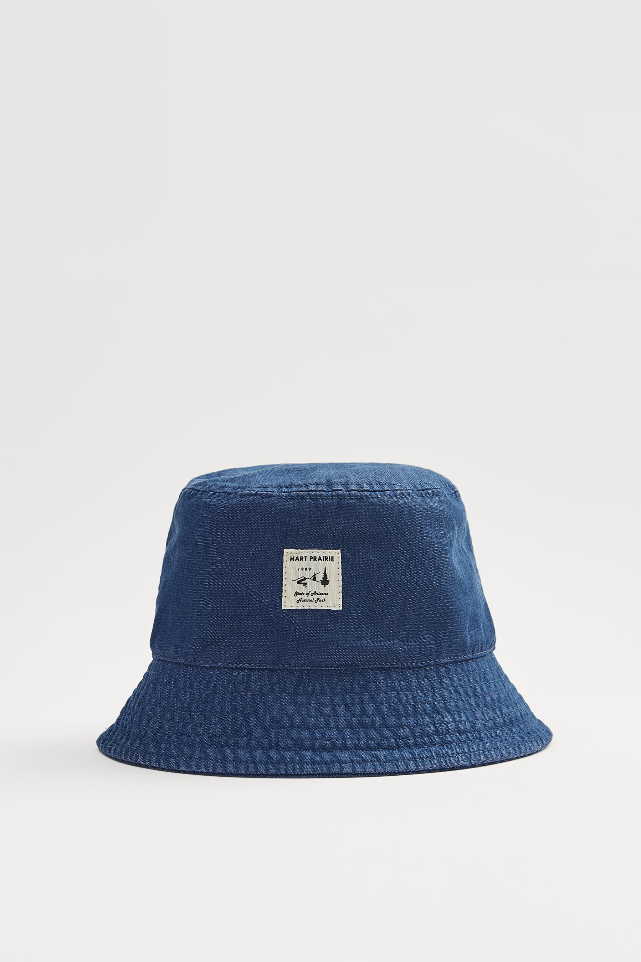 Zara PATCH BUCKET HAT