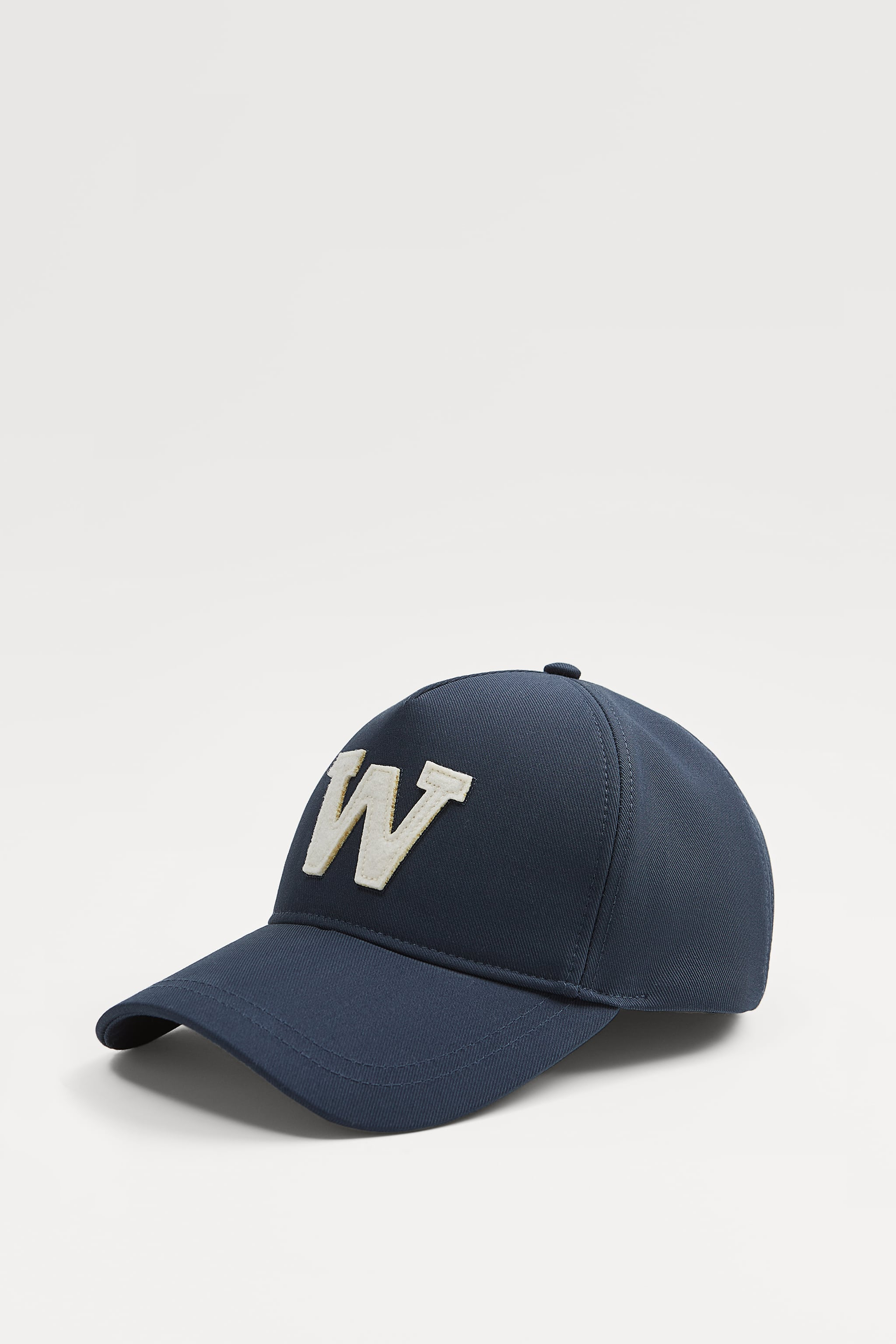 Zara EMBROIDERED LETTER CAP