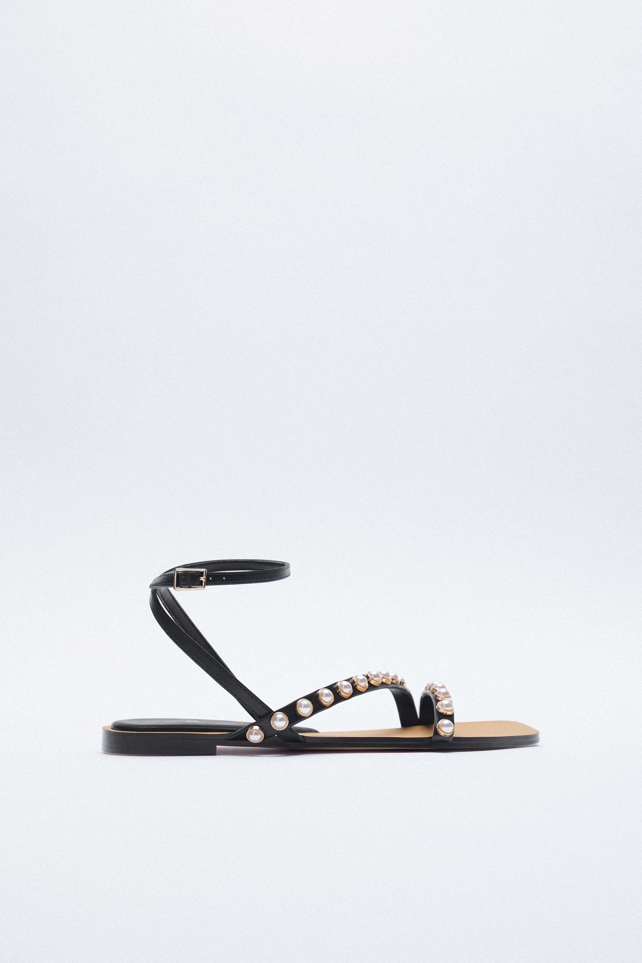 Zara FLAT SANDALS WITH PEARL STRAPS